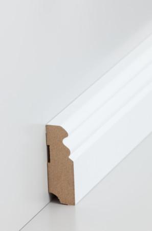 Niedrige Sockelleiste mit dekorativen Rillen in weiß (719.058)