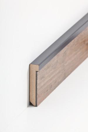 Sockelleiste aus Holz mit grauem Abschluss (725.5128)
