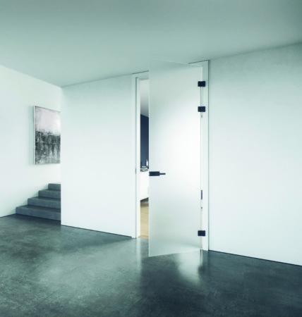 Geschosshohe Tür aus Milchglas (GW Planeo Loft 2-flgl Milleu-1-e)