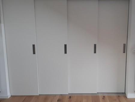 Schiebetür mit mehreren Elementen als Raumtrenner(MG-Einrichtung SuesParkett-und-Schiebetuer MG-Einrichtung